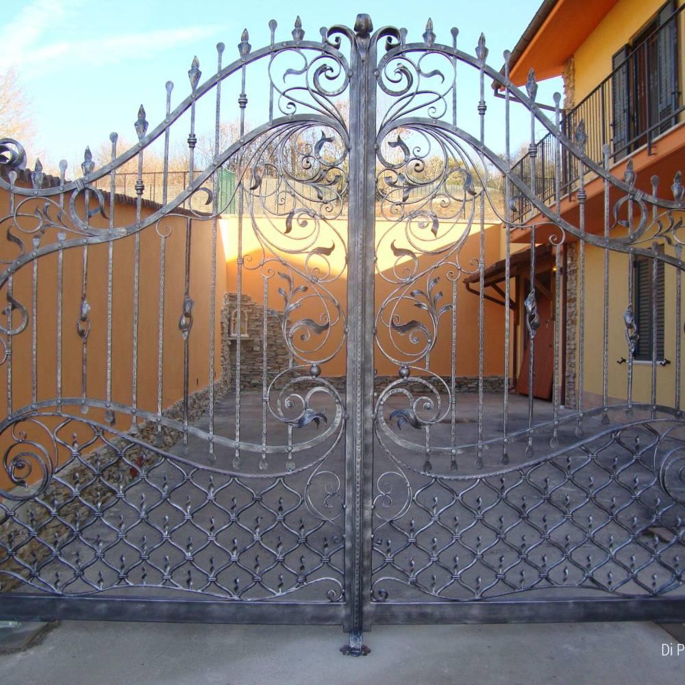Cancelli in ferro battuto cancello in ferro lavori in for Cancelli in ferro bricoman