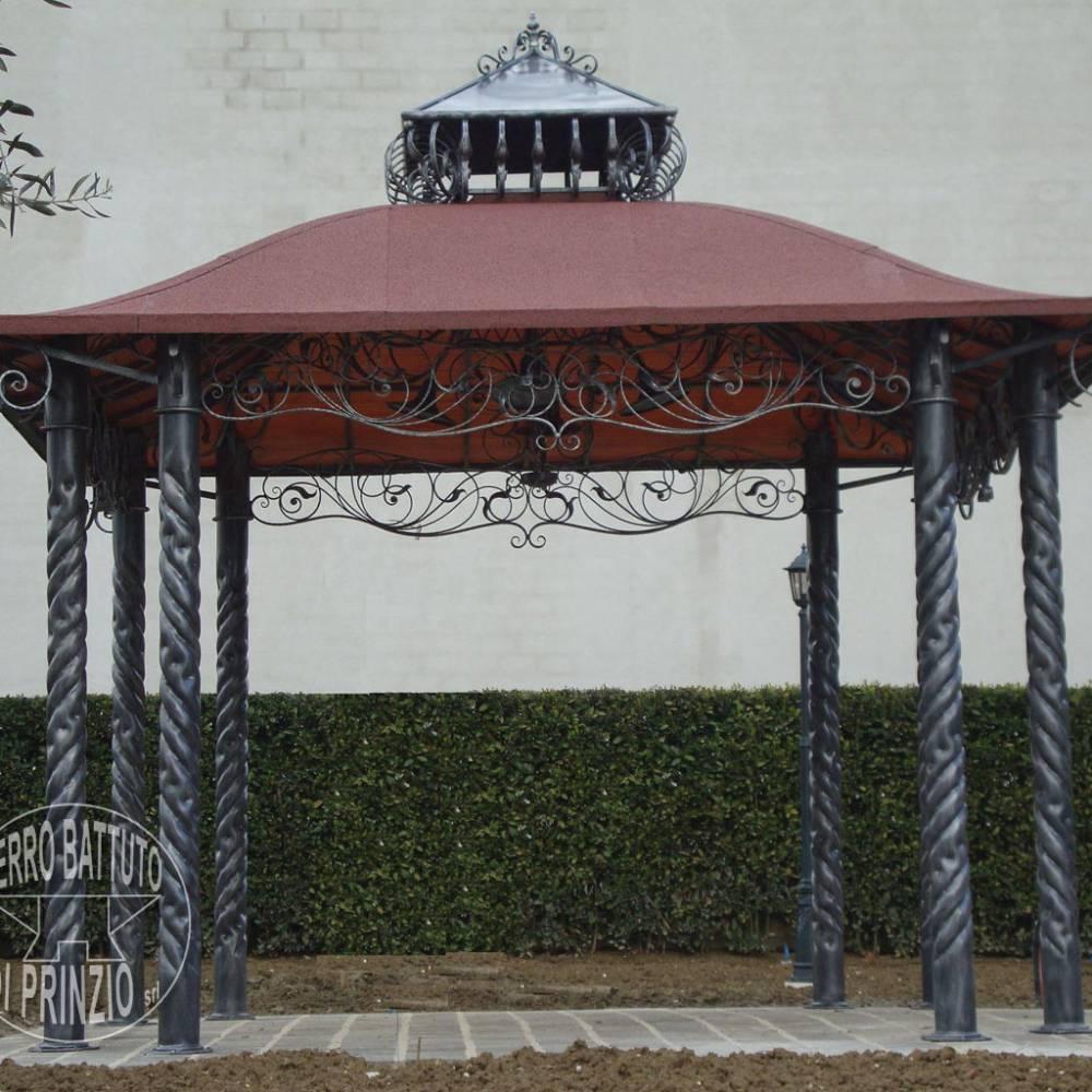 Gazebi in ferro battuto in ferro battuto cancelli in for Cancelli da giardino