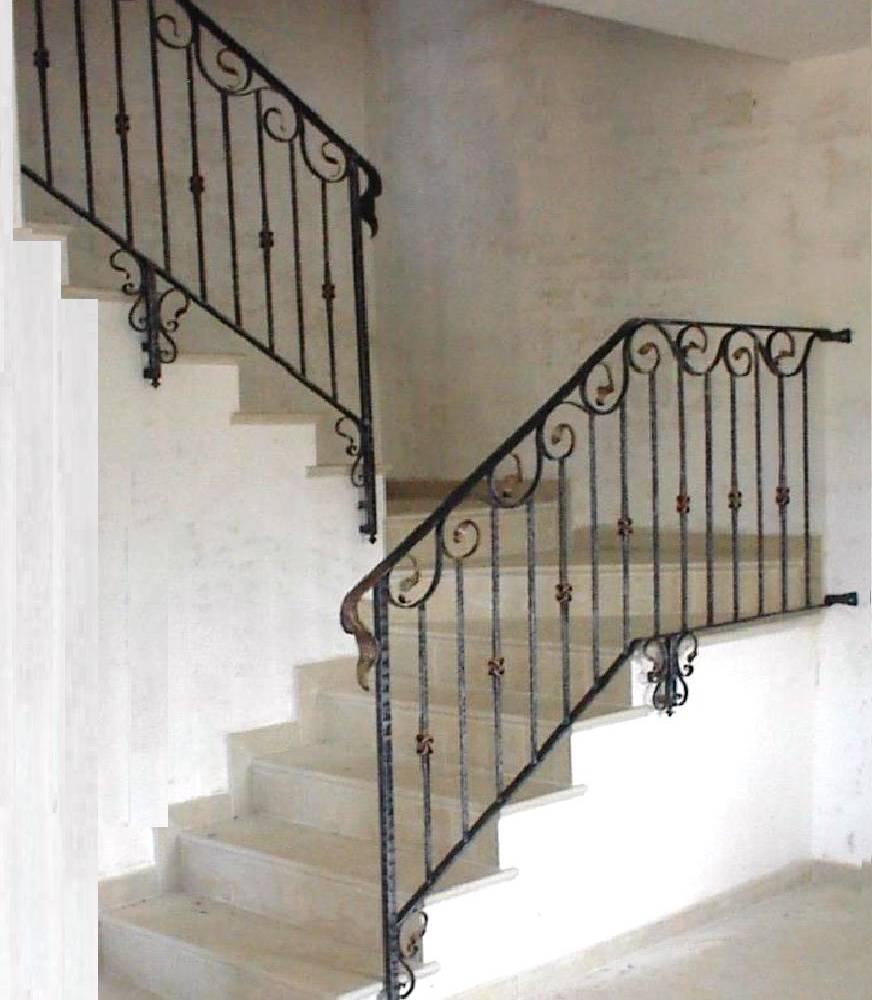Balaustre interne in ferro scale in ferro battuto ringhiera per scale pag 3 - Ringhiere in ferro battuto per scale interne ...