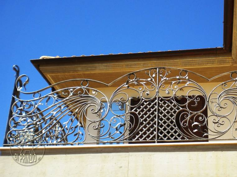 Balconata in ferro battuto