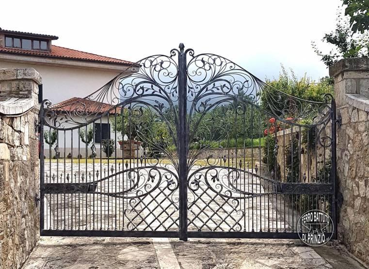 Cancelli in legno rustici immagine correlata with for Staccionata in legno brico