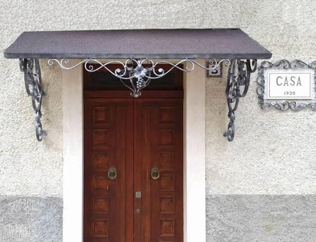 Tettoie tettoie in ferro battuto tettoia per terrazzo tettoia per porta in ferro battuto - Tettoia per porta ingresso ...