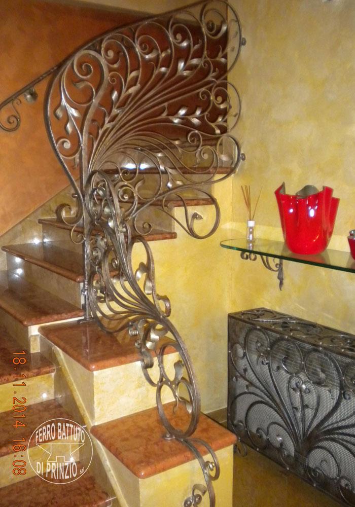 Balaustre interne in ferro scale in ferro battuto for Ferro battuto di prinzio