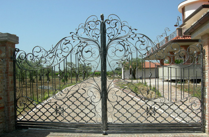 spesso Cancelli in ferro battuto: Cancello in Ferro | Lavori in ferro battuto IC01
