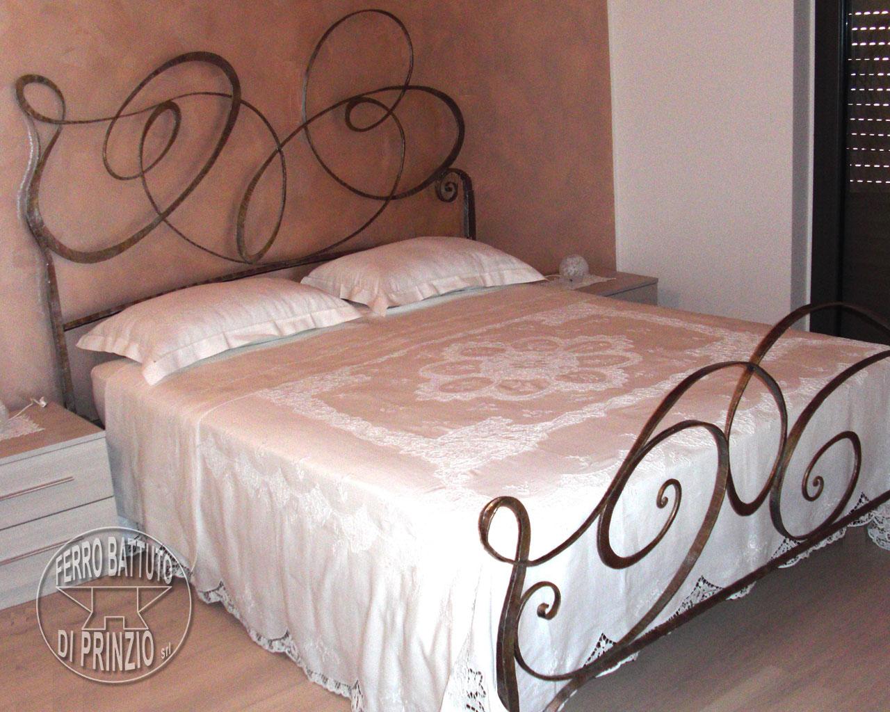 Letti in ferro battuto letto matrimoniale in ferro - Camere da letto ferro battuto ...