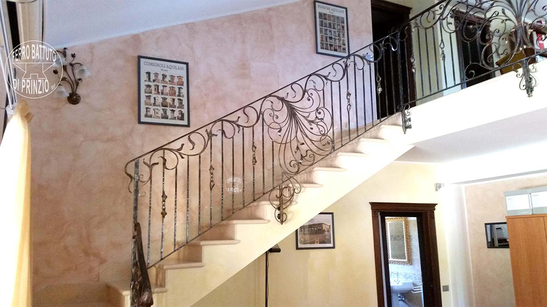 Scala creativo decorata ispirazione design di casa - Scale di casa ...
