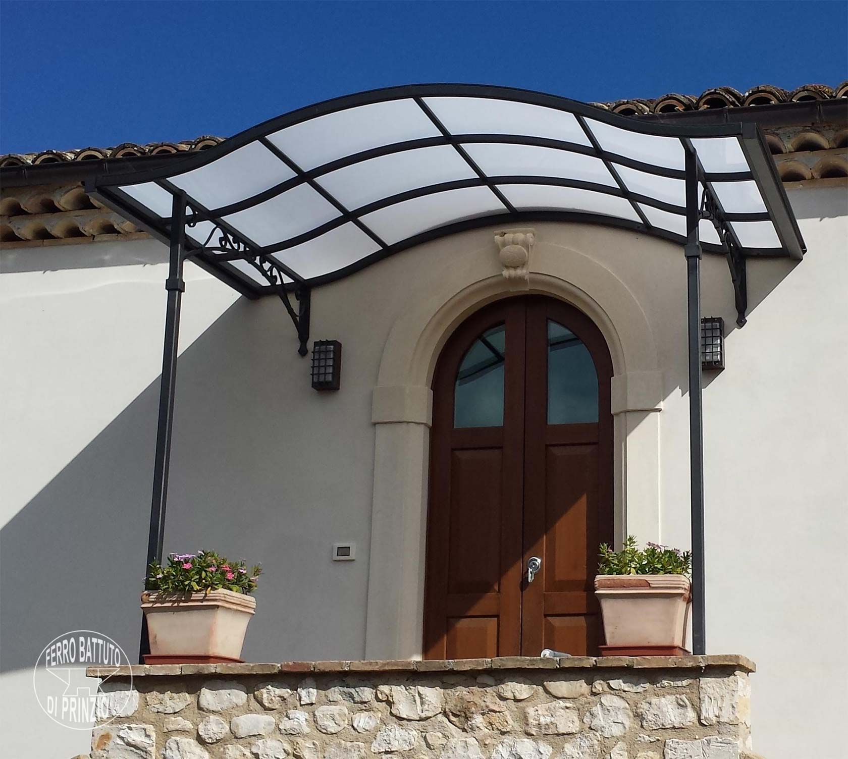 Tettoie tettoie in ferro battuto tettoia per terrazzo for Pensiline in policarbonato leroy merlin